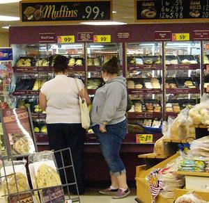 В супермаркете слишком много искушений. Фото: Великая Эпоха/Луиза Валентайн