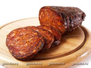Кулен - свиная копченая колбаса с красным перцем (Slovački kulen)