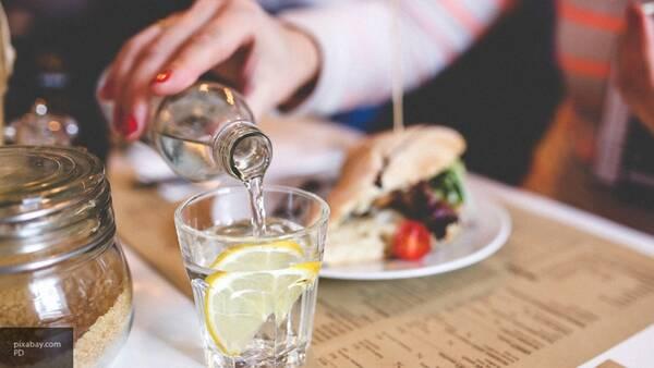 Диетолог назвала правила сытного обеда для офисных работников