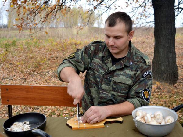 Рецепт каши от рязанских спецназовцев войдет в кулинарную книгу