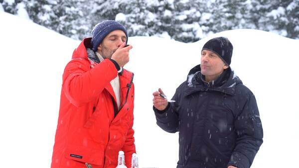 В Кузбассе итальянского повара накормили мороженым из снега