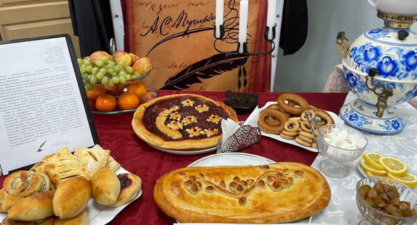 Студенты Тверской области соревновались в приготовлении любимых блюд Пушкина