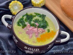 Азиатский яичный суп с курицей и кукурузой
