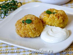 Урс - биточки из кукурузной крупы с сыром по-молдавски