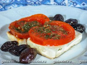 Брынза, запеченная с помидорами (саганаки)