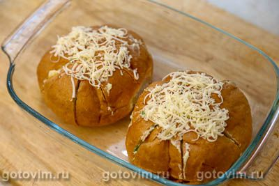 Теплые булочки с сыром и чесноком на завтрак, Шаг 06