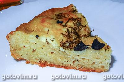 Сырная лепешка с маслинами в мультиварке. Фотография рецепта