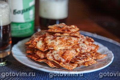 Чипсы из лаваша с кетчупом и сыром