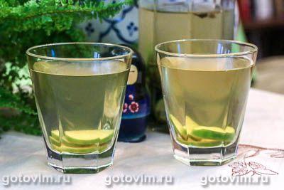 Зеленый чай колд брю с фейхоа