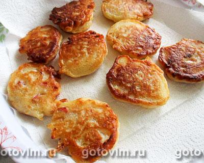 Дрожжевые оладьи с капустой и колбасой, Шаг 09
