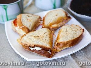 Тосты с ветчиной и сыром (в сэндвичнице)