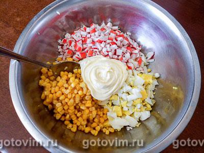 Поповеры с салатом из крабовых палочек, Шаг 06