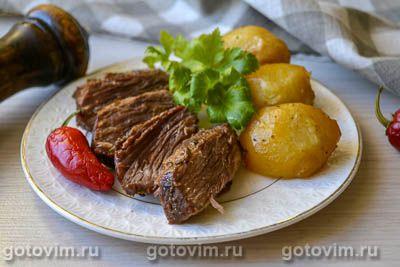 Говядина в соевом соусе, запеченная в рукаве с картофелем