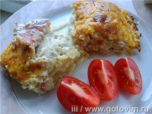Картофель-гратен с луком и копченостями