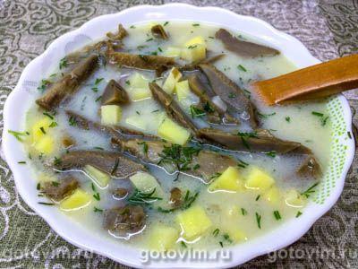Грибной суп из соленых груздей со взбитым яйцом