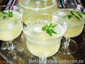 Грушево-лимонный пунш