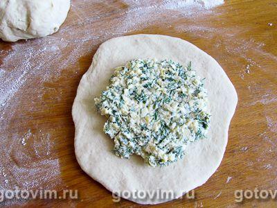 Хачапури с творогом и сыром на сковороде, Шаг 04