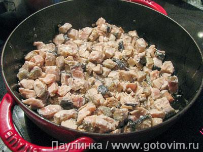 Запеканка из красной рыбы с хлебом и сырным соусом., Шаг 04