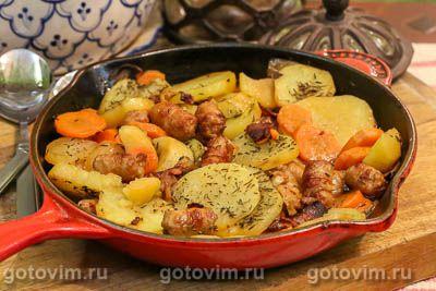 Дублинский коддл или овощное рагу с беконом и свиными колбасками (Dublin coddle)