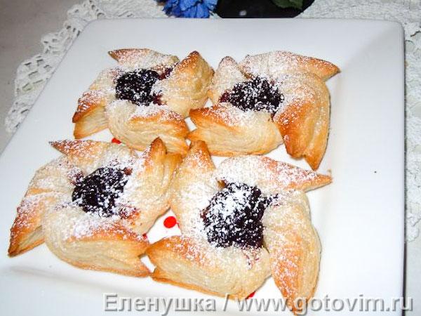 Традиционные финские «Joulutorttu» . Фотография рецепта
