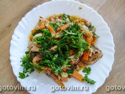Кальмары с овощами в мультиварке. Фотография рецепта