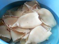 Жареные кальмары с луком, Шаг 02