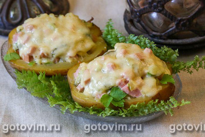 Картофель, фаршированный салатом оливье. Фотография рецепта