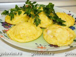 Картофельные гнезда с курицей в духовке