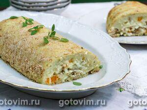 Картофельный рулет с рыбой и овощами
