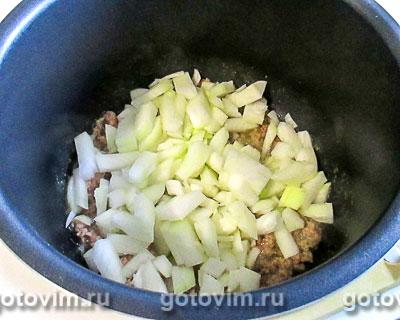 Картошка с куриным фаршем, запечённая в мультиварке, Шаг 02