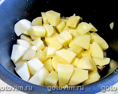 Картошка с куриным фаршем, запечённая в мультиварке, Шаг 03