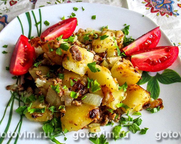 Картошка с куриным фаршем, запечённая в мультиварке. Фотография рецепта