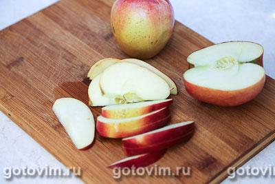 Компот из клюквы с яблоками, Шаг 01