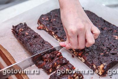 Шоколадно-ореховые конфеты с сухофруктами, Шаг 08
