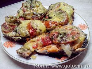 Красная рыба с сыром и помидорами в мультиварке