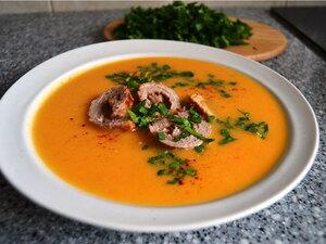 Крем-суп из кабачков с мясными рулетиками