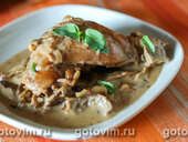 Кролик по-мюнхенски в сливочно-грибном соусе с белым вином
