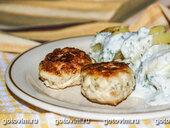 Куриные котлеты с йогуртовым соусом