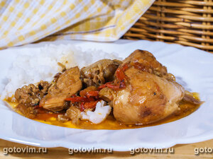 Тушеная с овощами курица