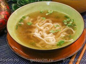 Куриный суп с лапшой рамен