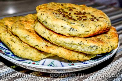 Картофельные лепешки из пюре с укропом и семенами льна