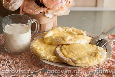 Лепешки с сыром и сметаной в хлебопечке