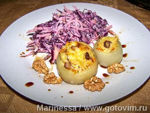 Луковые «чашечки» с вешенками и рисом (фаршированный лук)