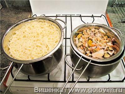Макароны с морепродуктами в сливочном соусе, Шаг 01