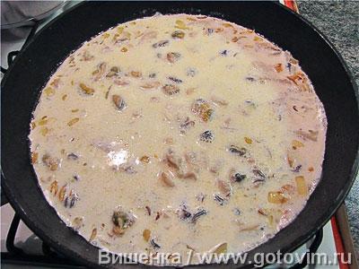 Макароны с морепродуктами в сливочном соусе, Шаг 04