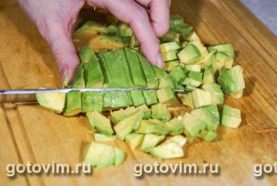 Пенне с креветками и авокадо, Шаг 02