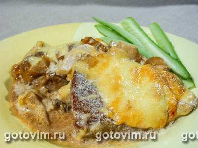 Мясо с солеными грибами. Фотография рецепта