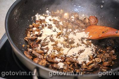 Свинина с грибным соусом с мадерой, Шаг 05