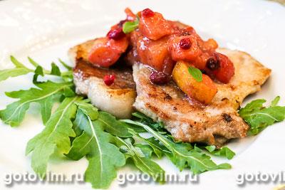 Фотография рецепта Мясо с соусом из хурмы и клюквы
