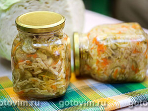 Салат из капусты с огурцами и морковью по-корейски (на зиму)